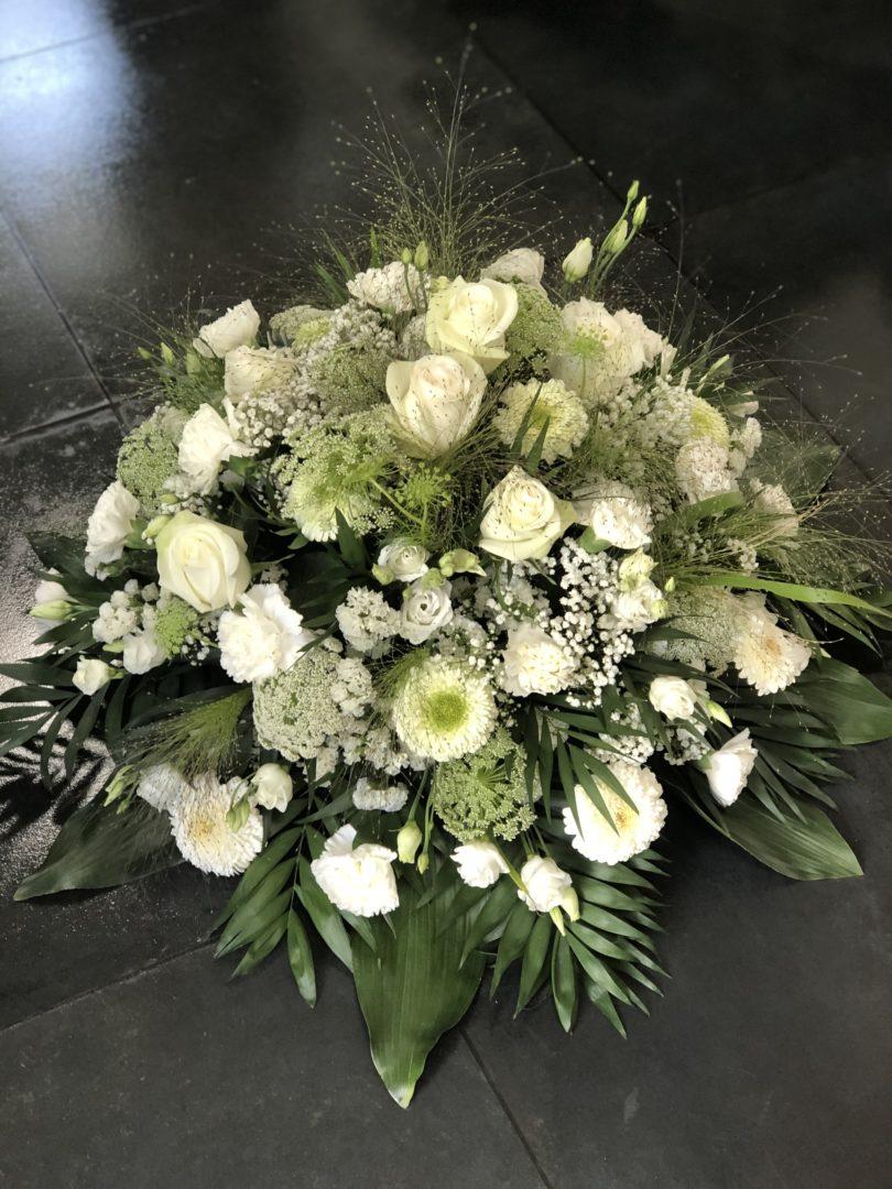 Fleuriste-compositions-deuil-enterrement-tombes-Maifleurs-Douarnenez-1